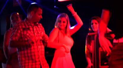 Sala de baile de discoteca en Malaga | Anden despedidas temptation